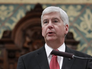 Flint Emails: Gov. Rick Snyder's Aide Called Crisis 'Political Football'