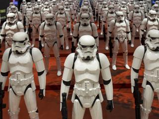 Disney Postpones New 'Star Wars' Movie's Release to December 2017