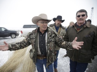 Wife of Slain Oregon Occupier Robert Lavoy Finicum to File Civil Rights Lawsuit