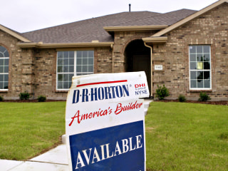Homebuilder DR Horton's Bet on Entry-Level Houses Paying Off Big