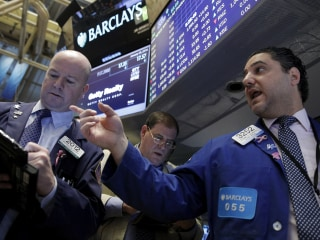 Wall Street Rallies to Cap Worst January in 7 Years