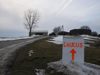 The Lid: Turnout for Sanders? And Other Key Iowa Caucus Questions