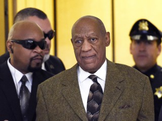 Bill Cosby Wants Another Chance to Throw Out Sexual-Assault Case