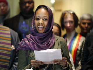 Professor Who Wore Hijab to Leave Evangelical College