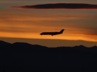 U.N. Panel Seeks First-Ever Greenhouse Gas Standards for Planes