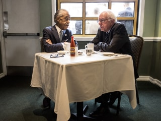 Bernie Sanders Huddles With Al Sharpton in Harlem