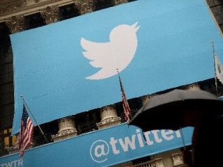 Why Twitter May Have to Get Over Not Being Another Facebook