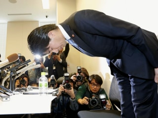 Japan's Paternity-Leave Poster Boy Kensuke Miyazaki Admits Cheating on Pregnant Wife
