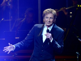 Barry Manilow Cancels Tour Dates After Emergency Surgery