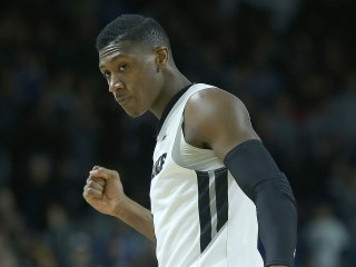 Marquette Fan Sends Providence's Dunn Money For Missing Shot