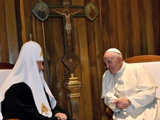 'Finally!': Pope Francis Meets Russian Orthodox Leader