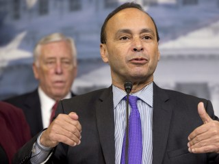 Rep. Luis Gutierrez Will Boycott Inauguration to Protest Trump