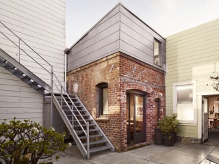 From laundry room to tiny home! See inside this 88-square-foot house