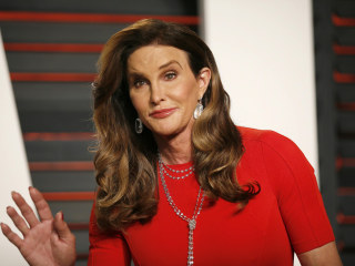 Caitlyn Jenner Takes Trump Up on His Offer, Uses Bathroom at Trump Tower