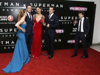 'Batman v Superman' Shatters Records With $170.1 Million Debut