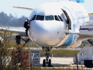 EgyptAir Hijacking: Hostage Taker Arrested in Cyprus After Plane Diverted