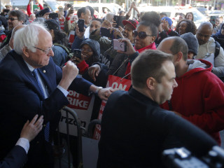 Bernie Sanders Shows Support as 40,000 Verizon Workers Go on Strike