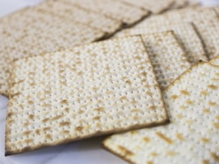 Passover 2016: 6 Things You Probably Didn't Know About Matzo