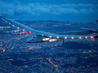 Solar Impulse 2 Lands in California After Risky 3-Day Flight