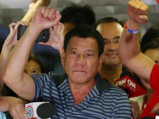 Rodrigo Duterte, Philippines' 'Trump,' Runs on Rape Jokes, Violent Promises