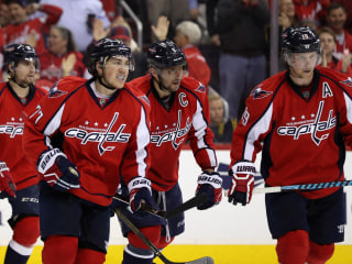 T.J. Oshie Gets Hat Trick, Capitals Beat Penguins in OT Thriller