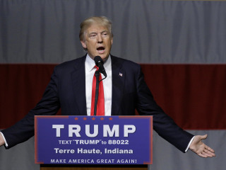 Donald Trump Says He's 'Wasting Time' on Republican Rivals