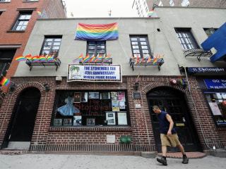 Obama to Name Stonewall Inn First National Monument to Gay Rights