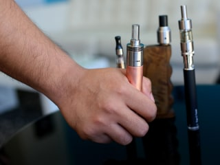 White House Pulled FDA Restrictions on E-Cigarette Flavors