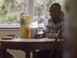 Old Navy Interracial Ad Resurrects Heated Debate