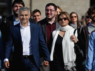 London Poised to Elect City's First Muslim Mayor