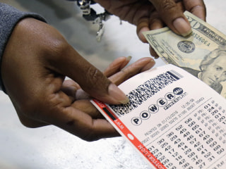 Powerball Jackpot Grows to $422M, Eighth Largest Ever