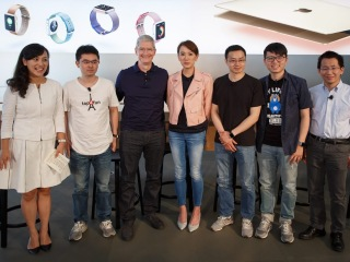 Apple's Tim Cook Arrives in China for Charm Offensive