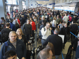 Chicago Airport's Nightmare TSA Lines Could Play Out Nationally This Summer