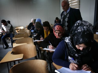 Iraq Blocks Internet to Stop Widespread Exam Cheating