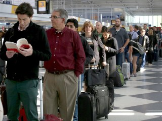 TSA Replaces Head of Security as Airport Lines Keep Getting Longer