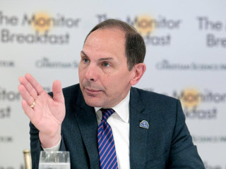 VA Secretary Bob McDonald Slammed for 'Tone-Deaf' Comparison to Disneyland