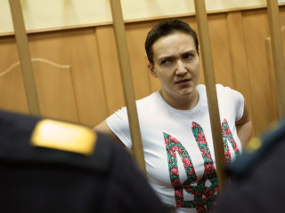 Ukraine's Nadiya Savchenko Swapped for 2 Russians: Lawyer