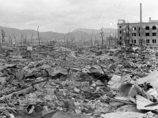 City of Ashes: Hiroshima After the Bombing