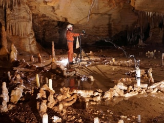Stalagmite Rings Made by Neanderthals, Study Finds