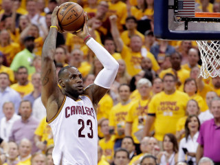 Cavaliers Incinerate Raptors in Game 5 to Take 3-2 Series Lead