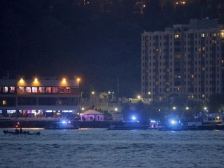 Pilot Rescued After WWII Plane Ditches in NYC's Hudson River