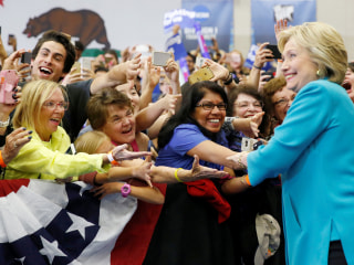 Six Numbers That Show Why Clinton Is Still the Favorite in 2016