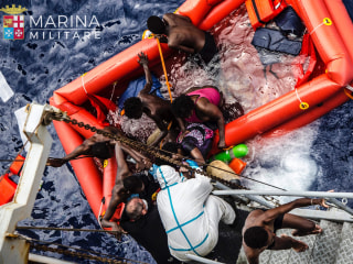 700 Migrants Feared Dead in Mediterranean Shipwrecks: UNHCR