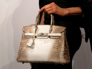 Would You Pay $300,000 for This Purse? Birkin Bag Sets New Record
