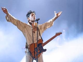 University of Minnesota Plans Honorary Degree for Prince