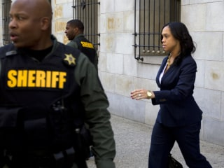 Trial of Van Driver in Freddie Gray Case Reveals Prosecutor Violations