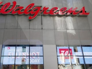 Walgreens Ends Relationship With Theranos in Latest Blow for Start-Up