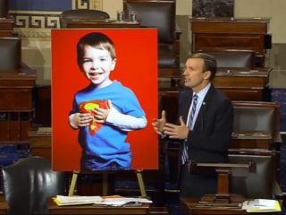 Murphy Ends Filibuster With Reminder of Sandy Hook Teacher's Bravery