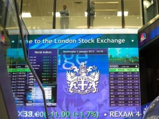 Sell-Offs Abate as Brexit Opinion Seen Shifting