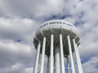 Feds Say Filtered Flint Drinking Water Is Safe to Drink
